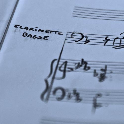 Clarinette basse solo